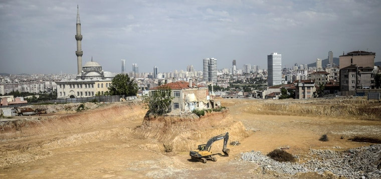 Image: A lone house stands at a construction site in the Fikirtepe district of Istanbul
