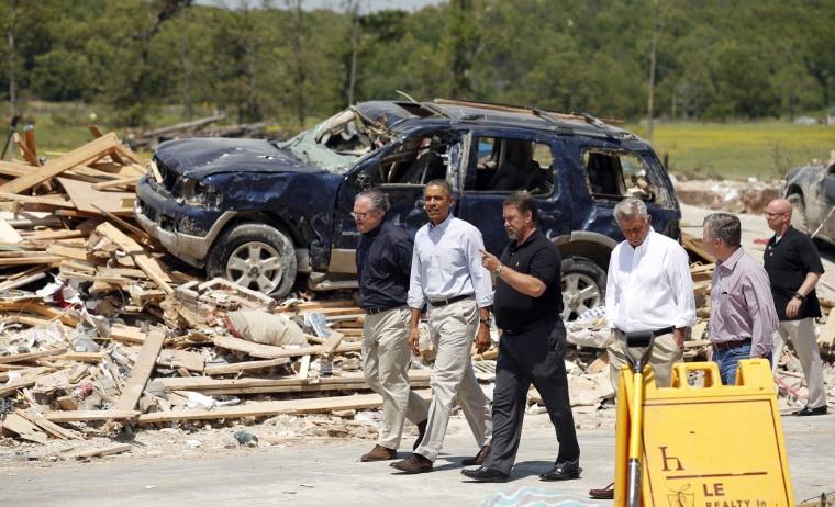 Image: President Barack Obama visits the tornado devastated town of Vilonia