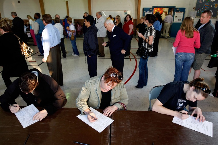 File photo of voters at the Briarcliff Elementary School in Clay County, Kansas City, Missouri.