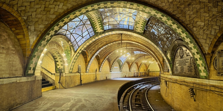 Image: City Hall Subway Station