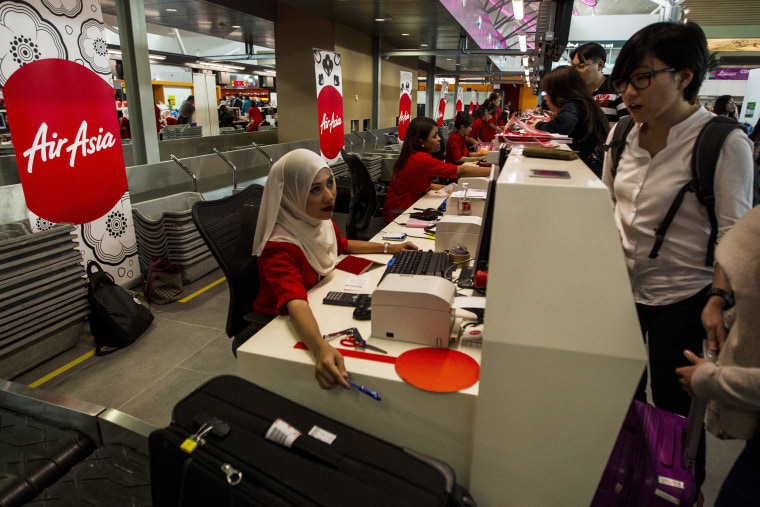 Image: AirAsia move in operations to KLIA2