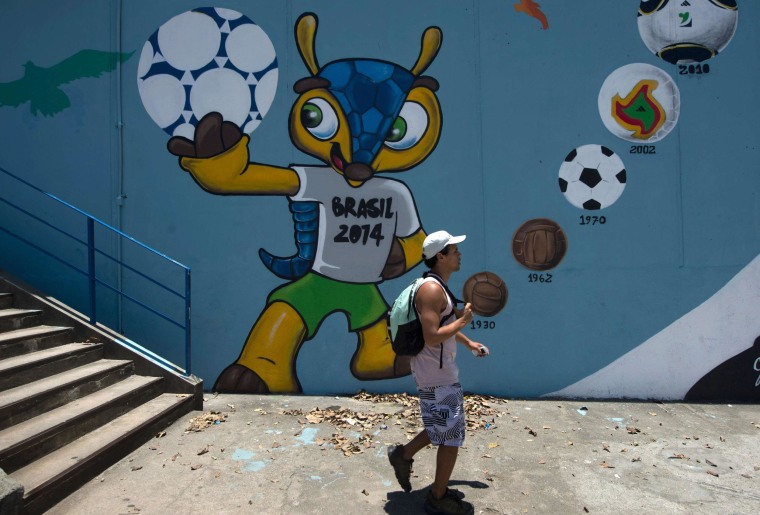 Image: FBL-WC-2014-MASCOT-FULECO-FILE