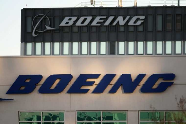 The U.S. agency that investigates air crashes called for lithium-ion batteries on Boeing Dreamliners to undergo more testing to ensure they are safe.