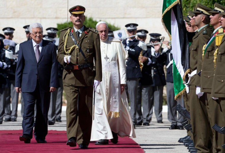 Image: Pope Francis is welcomed by Palestinian President Mahmoud Abbas