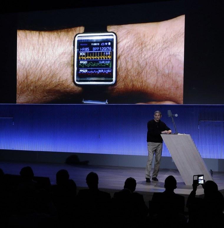 Image: Samsung's Ram Fish displays Simband
