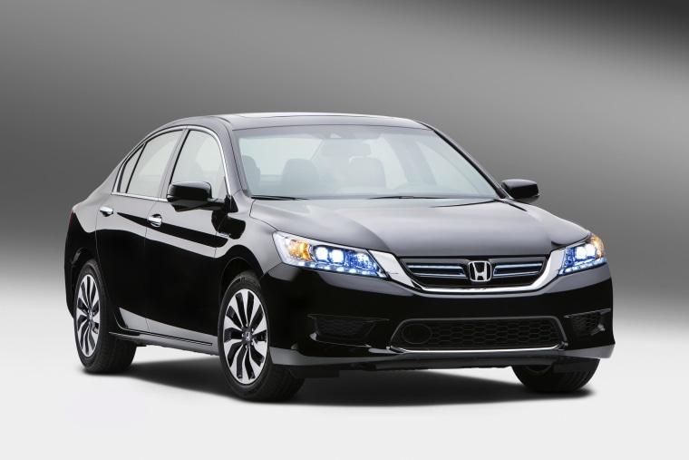 Image: 2014 Honda Accord Hybrid