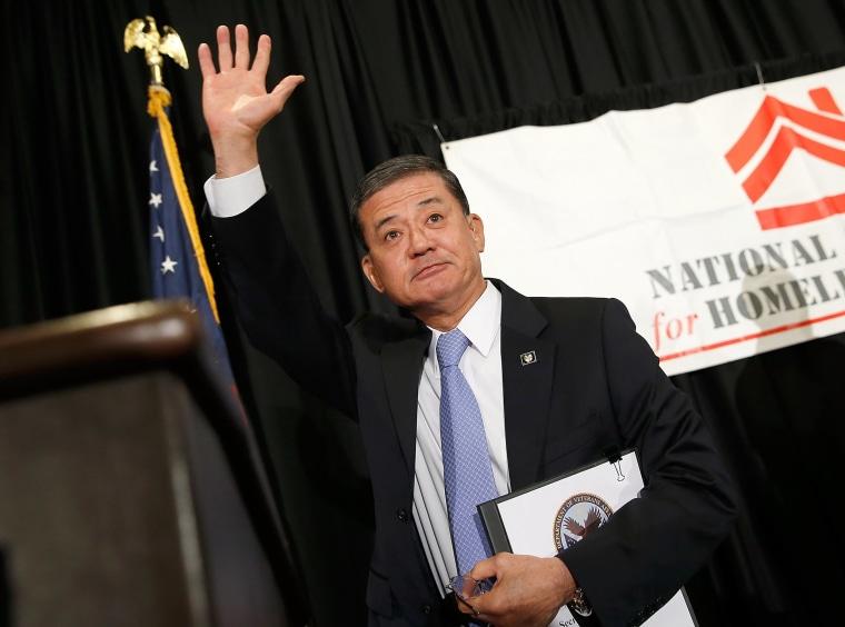 Image: Veterans Affairs Secretary Shinseki Addresses Homeless Veterans Conference