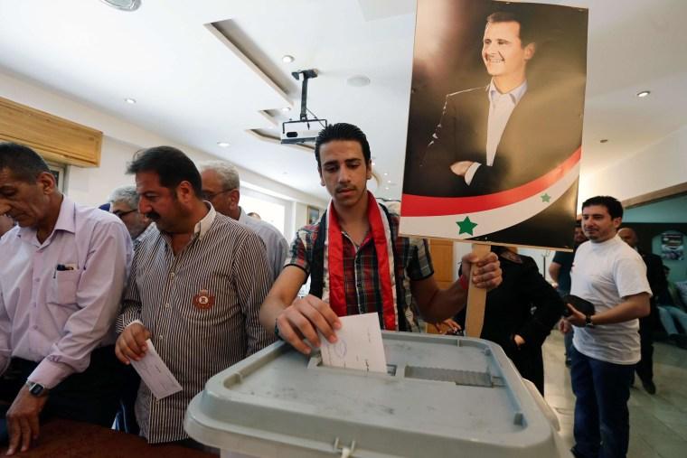 Image: TOPSHOTS-SYRIA-CONFLICT-POLITICS-VOTE