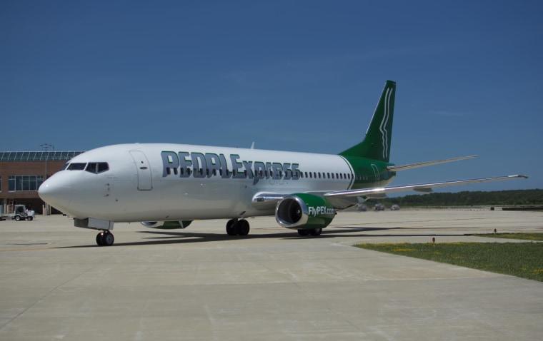 Image: PEOPLExpress jet