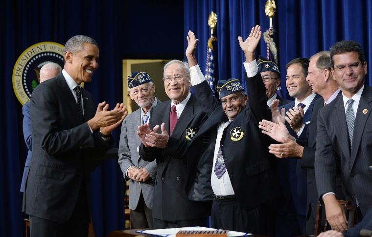 Image: US President Obama awards Congrssional Gold Medal