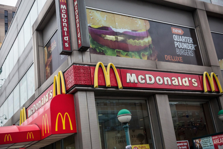 McDonald's placed bottom on a survey of customer satisfaction at restaurant chains.