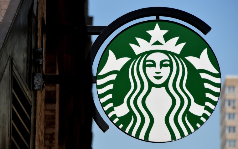 Image: Starbucks to help workers obtain undergraduate degrees
