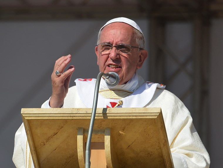 Image: ITALY-POPE-CALABRIA-VISIT