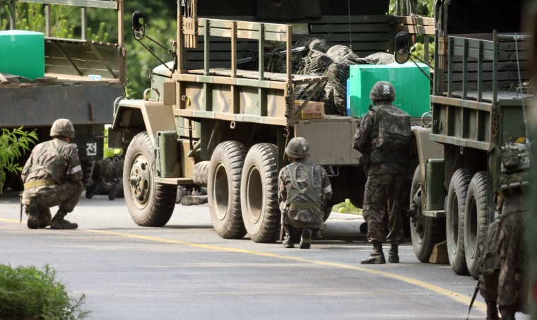 Image: Operation to capture Army deserter in Goseong, South Korea