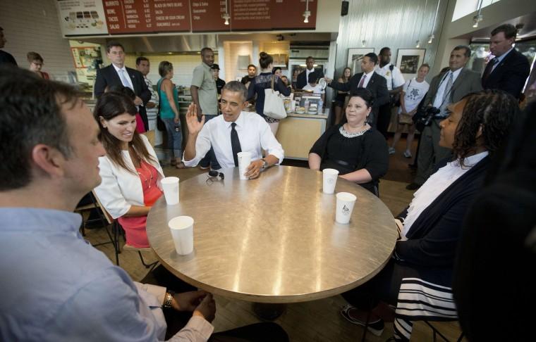 Image: Barack Obama, Rodger Trombley, Lisa Rumain, Shelby Ramirez, Shirley Young.