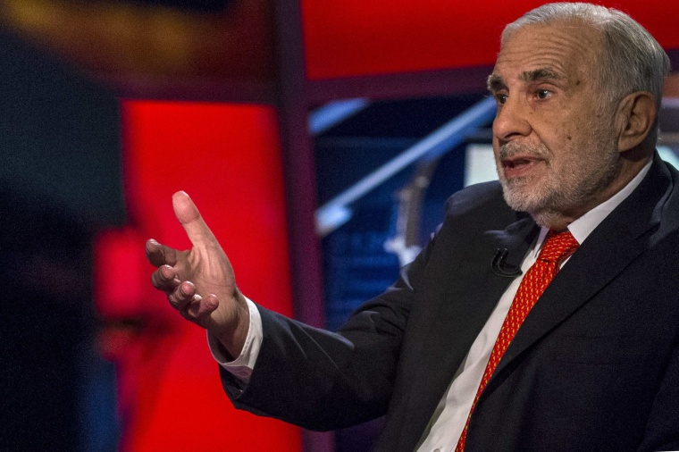 Image: File photo of billionaire activist-investor Carl Icahn giving an interview in New York