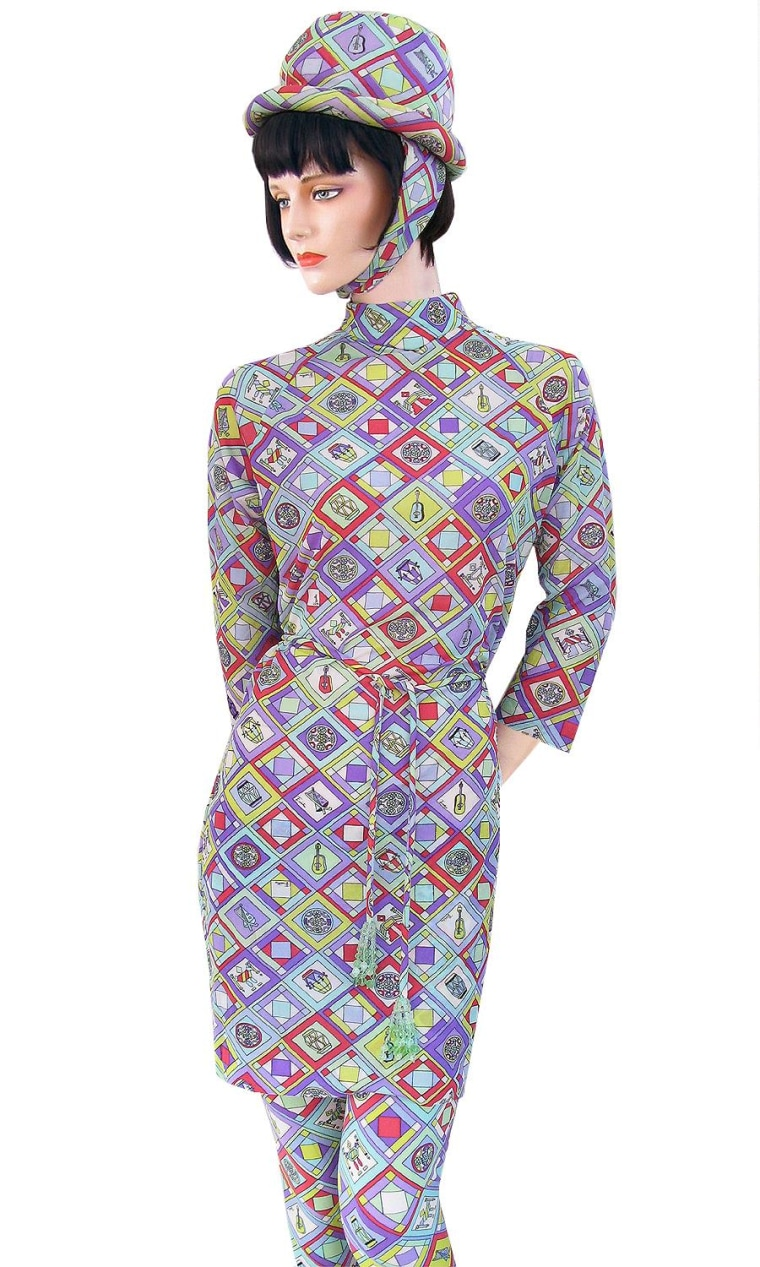 Image: A Braniff 1966 Pucci uniform.