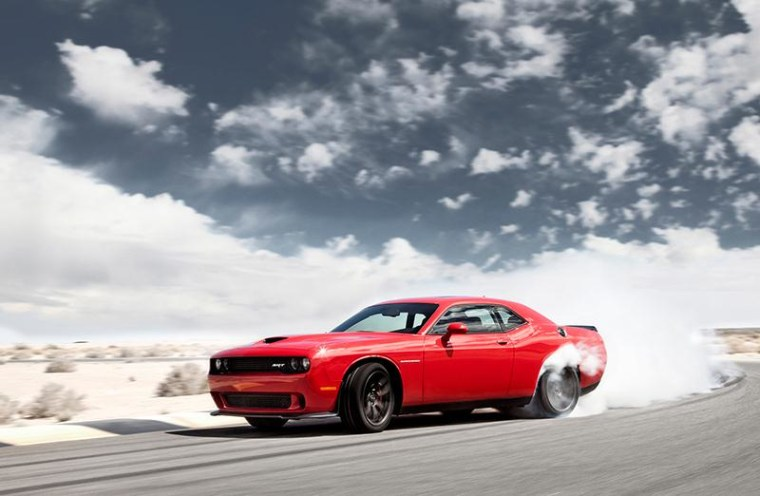 Image: Chrysler Group LLC 2015 Dodge Challenger SRT