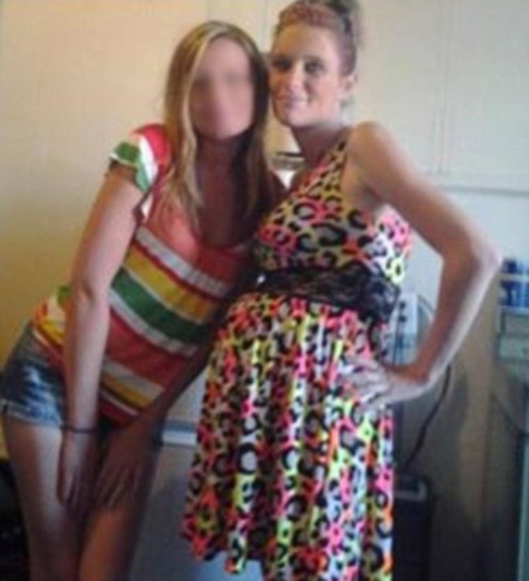 Image: Arrested for shoplifting after posting selfies in the allegedly stolen dress