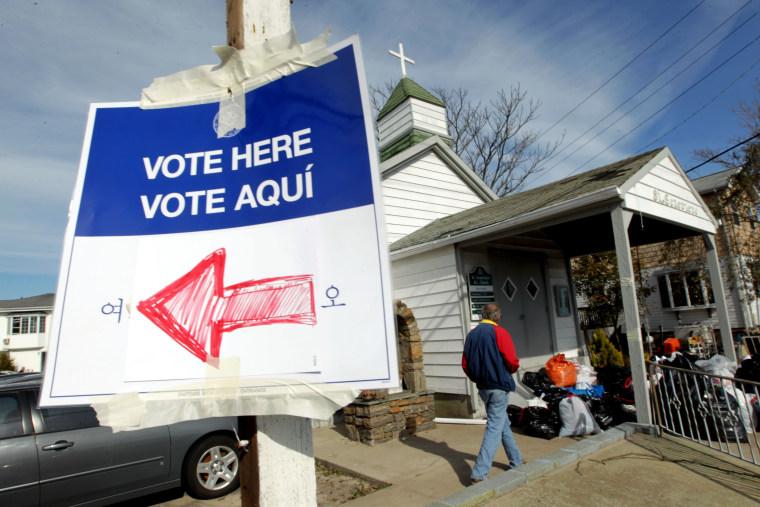Image: Image: US-VOTE-2012-ELECTION
