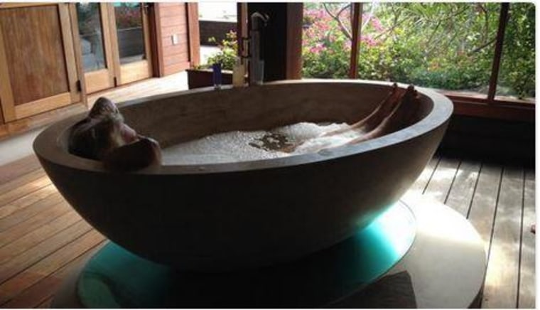Virgin CEO Richard Branson lit up Twitter Thursday with Tweet of him in a tub.