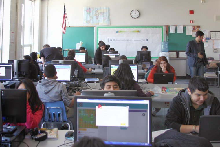 A Coding Jam Session, organized by the Hispanic Heritage Foundation (HHF) and Google.