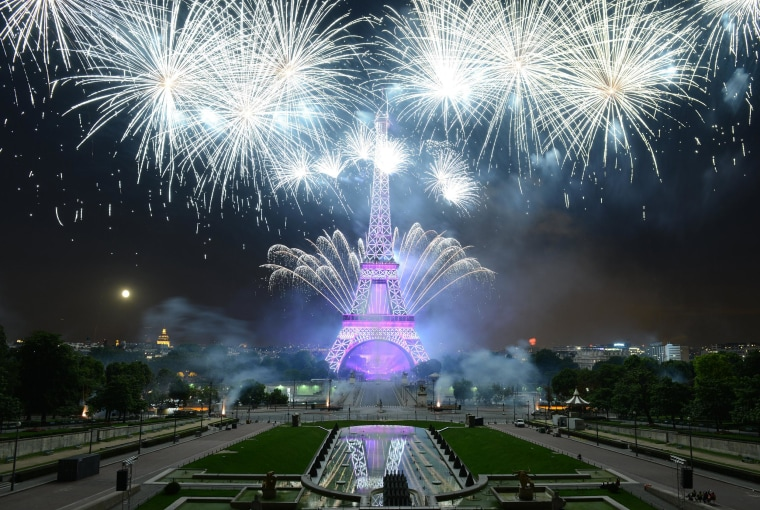 Image: Bastille Day Fireworks At Eiffel Tower