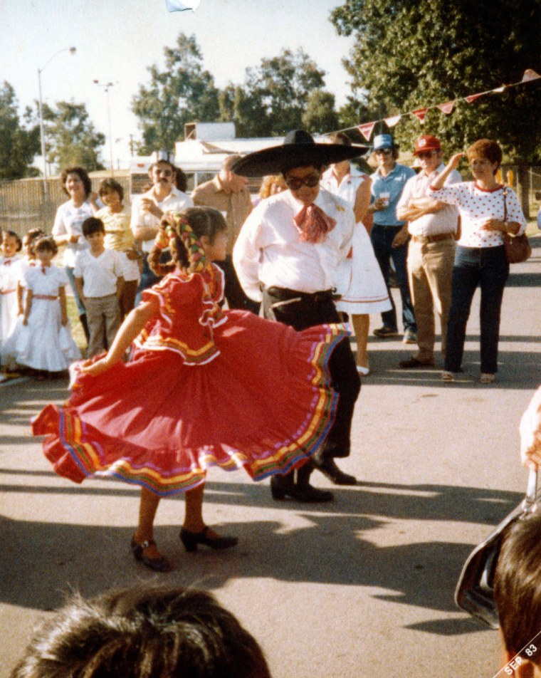 Image: Amanda Renteria performs with another dancer, Bobby Hernandez