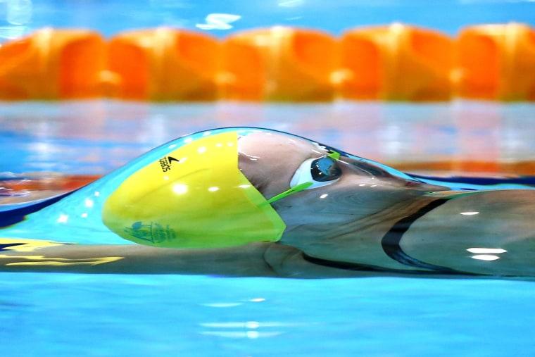 Image: Belinda Hocking of Australia competes in the Women's 100m Backstroke Heat 2