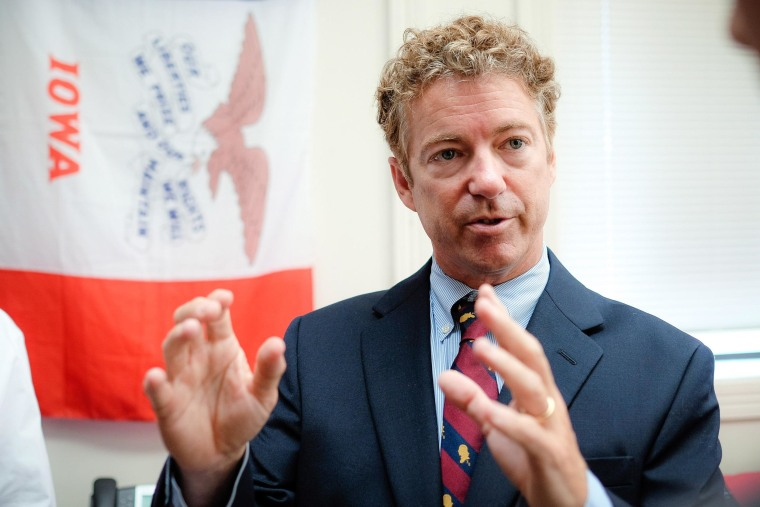 Image: Senator Rand Paul (R-KY) Starts Three-Day Bus Tour Of Iowa In Council Bluffs