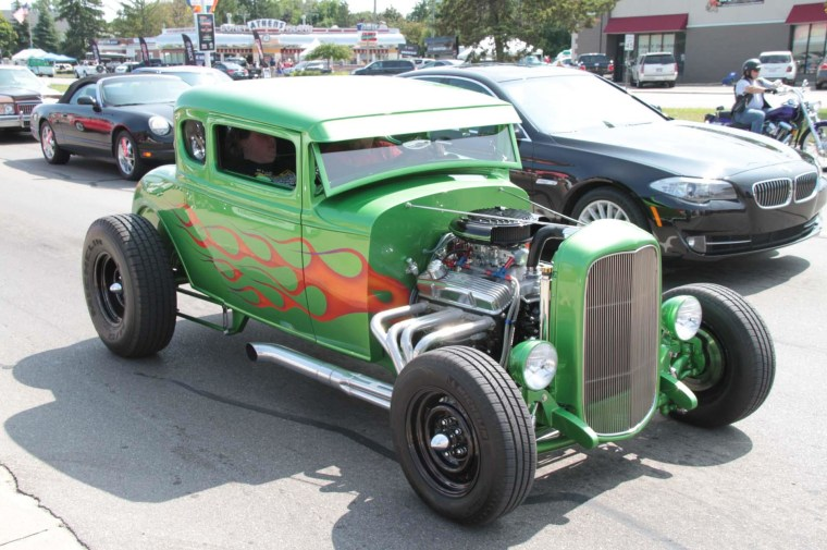 "A ""flamed"" hot rod, one of an estimated 40,000 to 60,000 classic muscle cars, hot rods, sports cars and other collectibles turn out for the annual Woodward Dream Cruise."