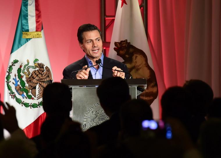 Image: Mexican President Enrique Pena Nieto visits Los Angeles