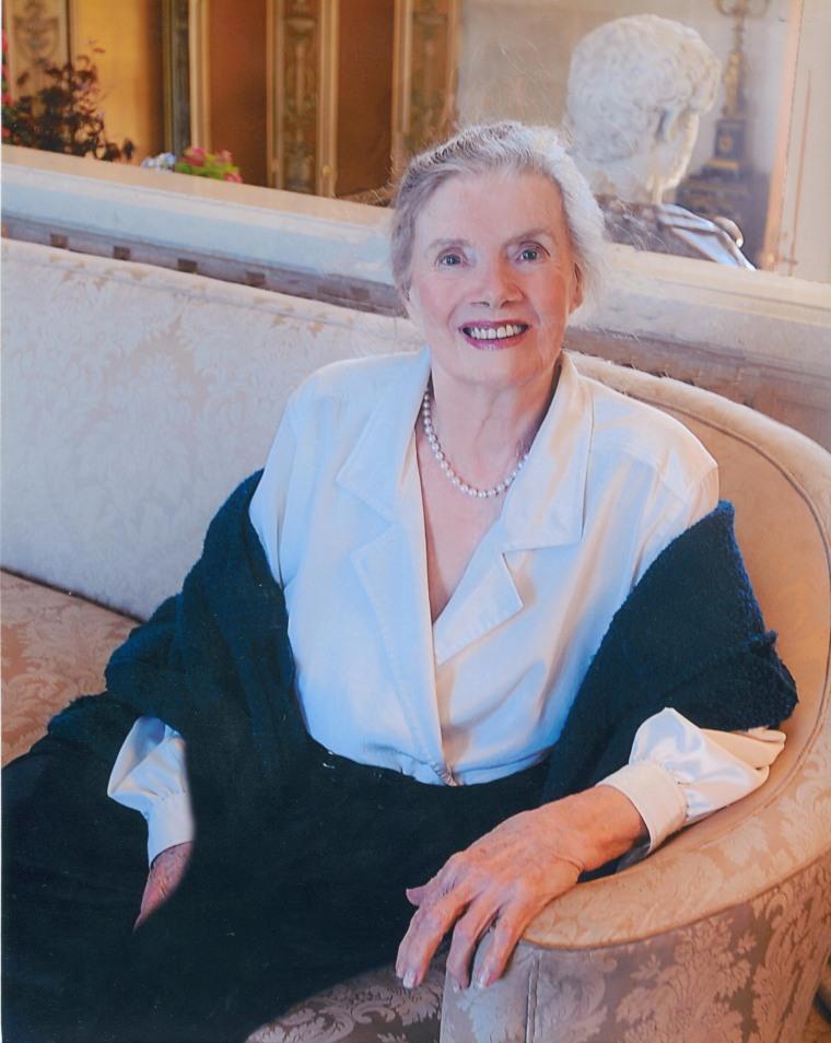 Lillian Lincoln Howell