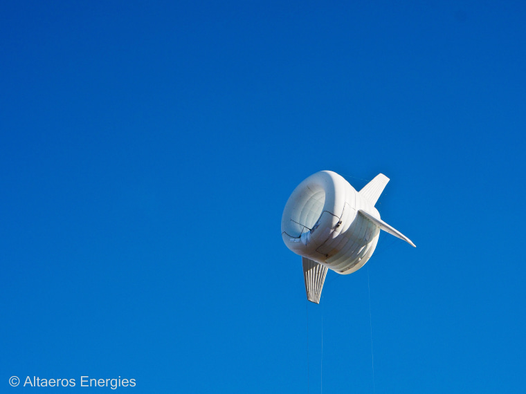 Image: Altaeros Energies' prototype in its second flight.