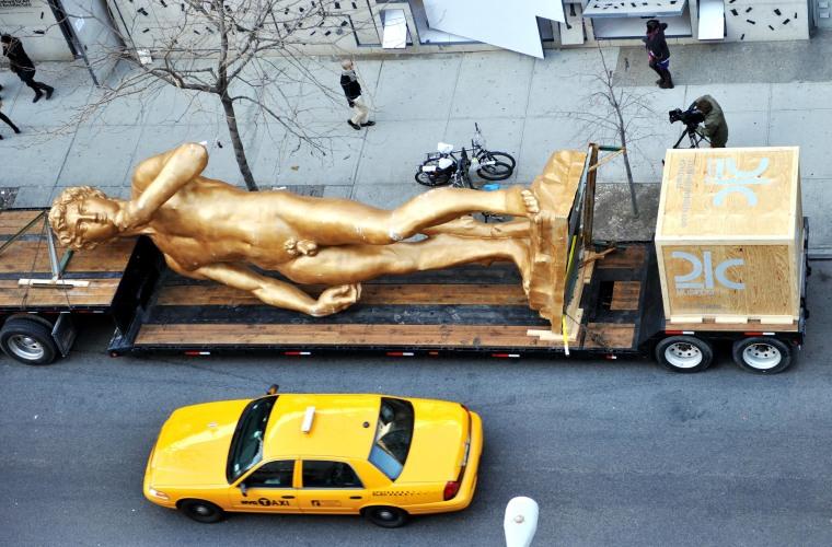 Image: A 30 foot (9.1 meters) replica of Michelangelo's David