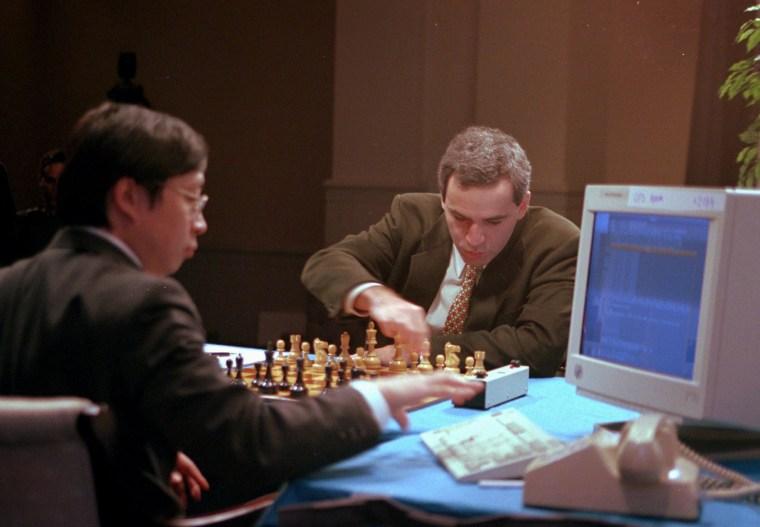 Image: Garry Kasparov and Feng-Hsiung Hsu