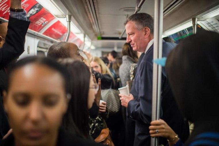 Image: Mayor de Blasio riding the Subway
