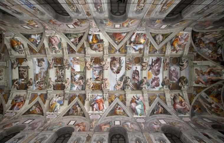 Image: Sistine Chapel with new LED lighting