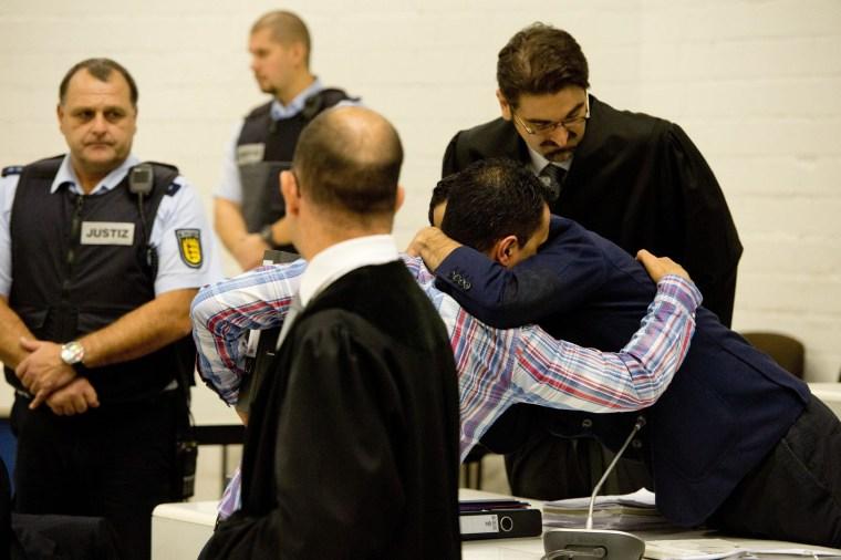 Image: Alleged terror-trio in court