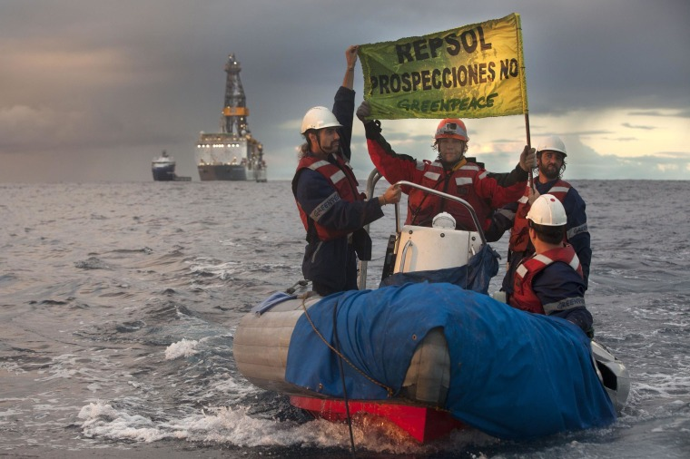 Image: SPAIN-CANARIES-OIL-EXPOLRATION-PROTEST