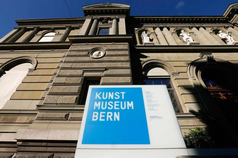 Image: Facade of the Kunstmuseum Bern art museum