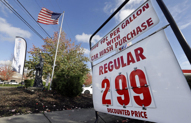 The average price of a gallon of gasoline in the United States dropped 10 cents in the past two weeks, hitting a four-year low.