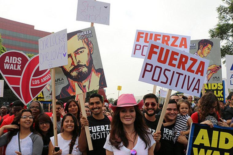 "Image: ""Real Housewives"" star Lisa Vanderpump (in pink hat) helps kick off ""Fuerza Positiva"" at AIDS Walk Los Angeles 2014."