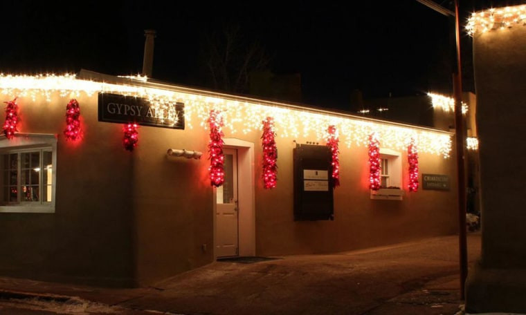 Image: Holiday lights on building in Santa Fe