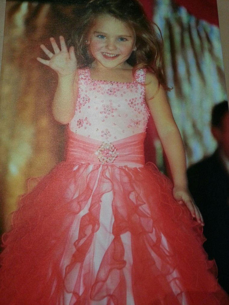 Girl, 7, Who Walked Away from Plane Crash Had Survival Skills: Family