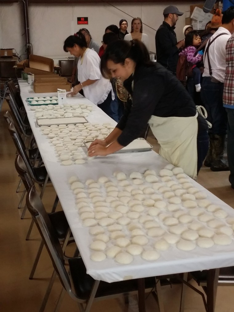 Making the mochi ricecakes at Koda Farms Mochitsuki