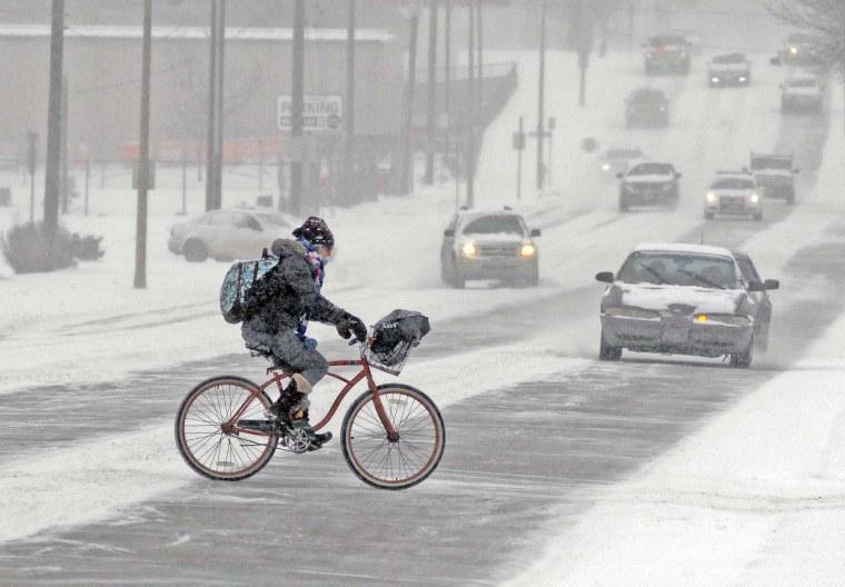 Image: Snowy weather in North Dakota