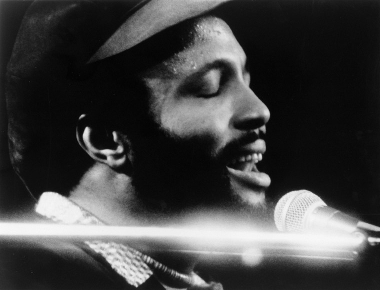 Image: (FILE) Gospel Singer Andrae Crouch Dies At 72 Andrae Crouch At The Piano