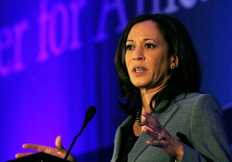 California Attorney General Kamala Harris speaks at the Center for American Progress' 2014 Making Progress Policy Conference in Washington November 19, 2014.  REUTERS/Gary Cameron    (UNITED STATES - Tags: POLITICS)