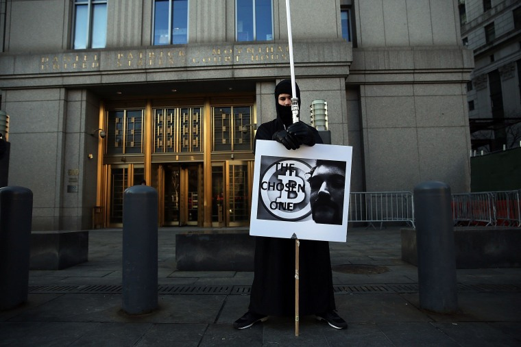 Image: Trial of Silk Road founder Ross Ulbricht begins
